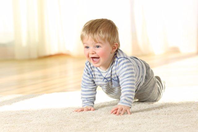 Los beneficios del gateo para tu bebé