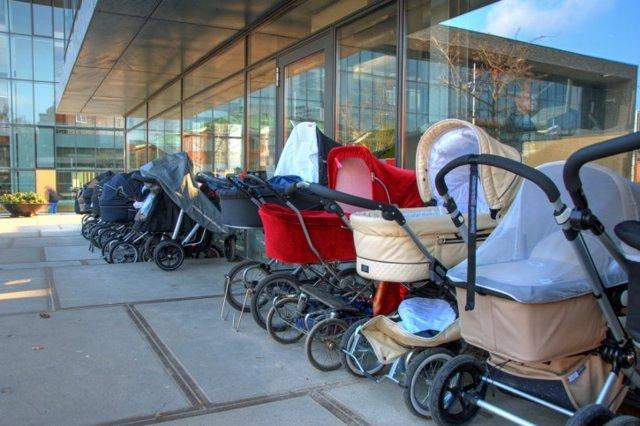 Carritos de bebé, sillas de paseo, complementos