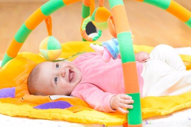 Ejercicios para estimular la visión del bebé