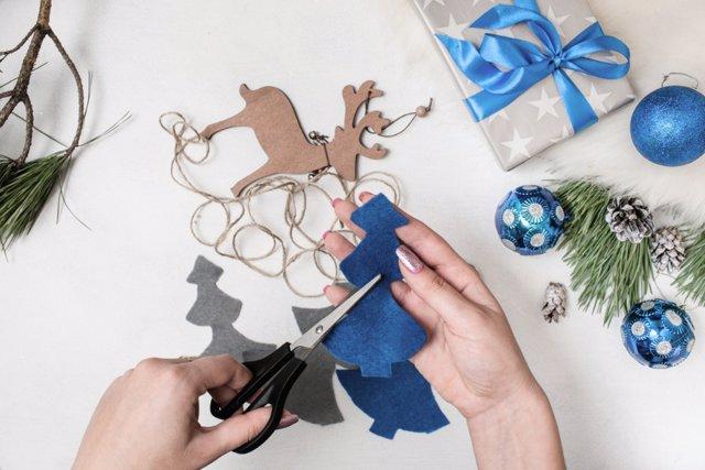 Diez ideas originales de manualidades para regalar esta - Cosas para regalar en navidad ...