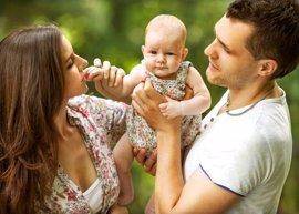 Crianza con apego: las 8 claves de la crianza natural