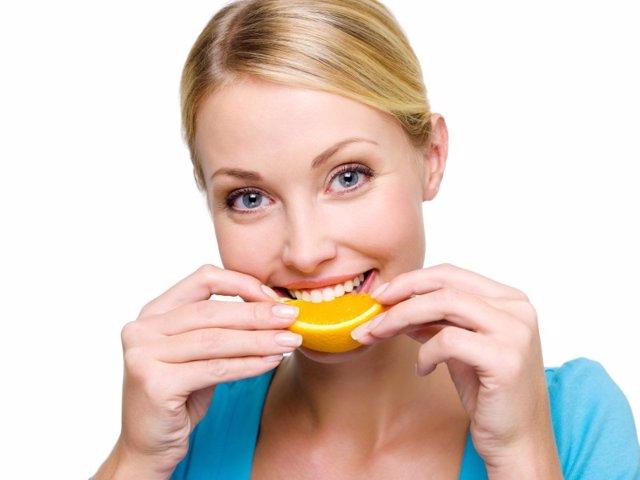 Hábitos que perjudican a tus dientes