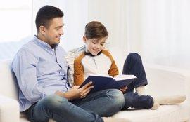 Consigue que la lectura sea un jugo divertido para tu hijo