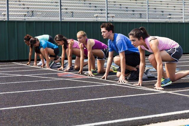 Si eres adolescente, no abandones el deporte