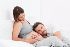 Las ventajas para el parto de implicar al padre en el embarazo