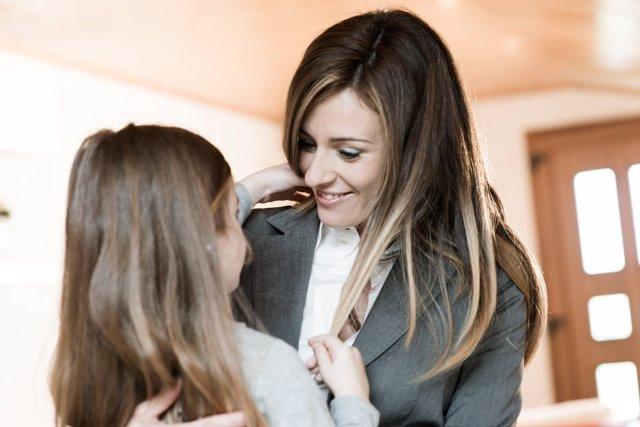 Madre y trabajadora, cómo conciliar
