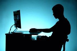 La mayoría de los jóvenes no saben reconocer los peligros de internet