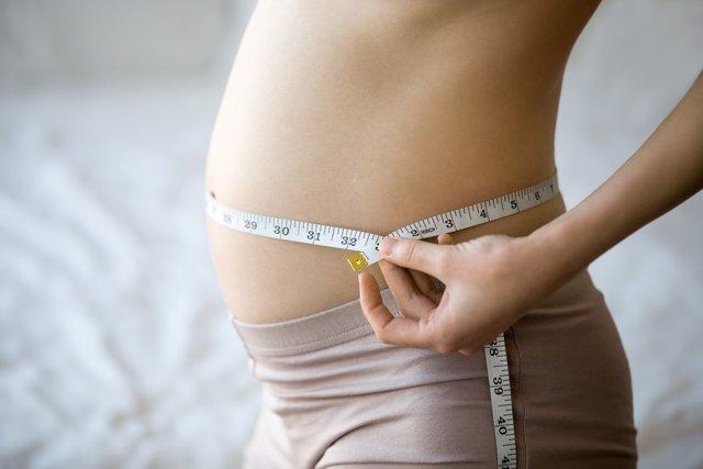 Ante del embarazo, mejor conseguir el peso ideal.