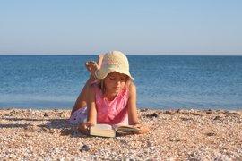 Consejos para que no pierdan los hábitos de lectura en verano