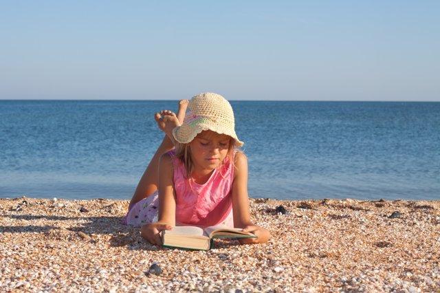 La lectura no debe abandonarse en verano
