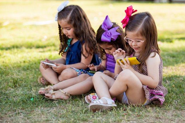 Guia para no abusar del móvil en verano