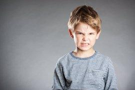 Agresividad repentina en niños, ¿por qué sucede y cómo solucionarla?