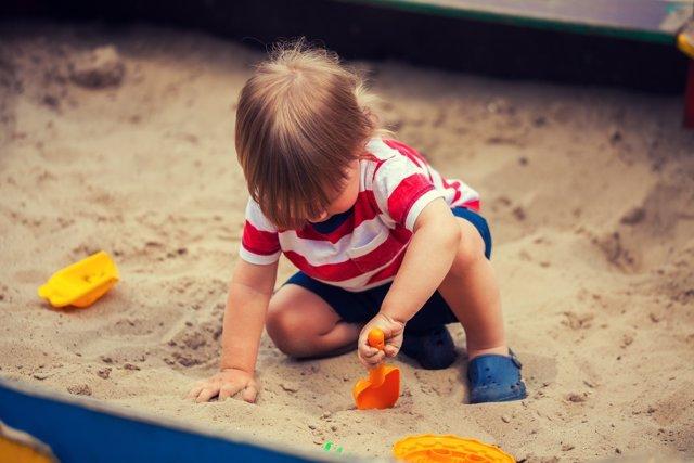 Los parques con arena son el entorno de muchos gérmenes.