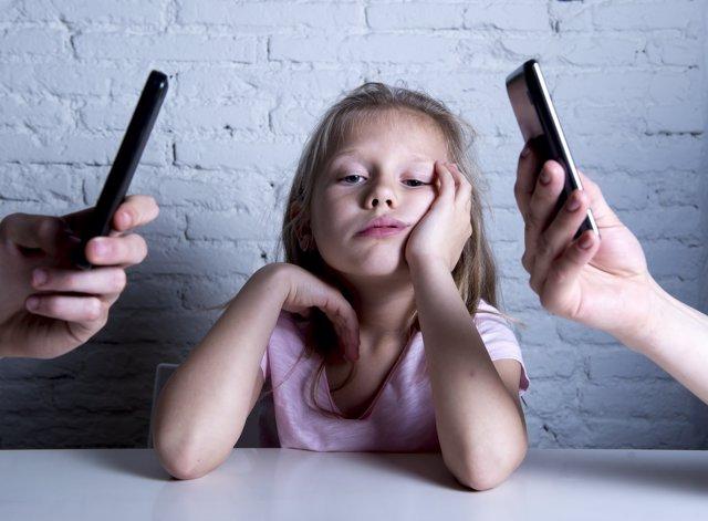 Las nuevas tecnologías están enfriando las relaciones familiares.