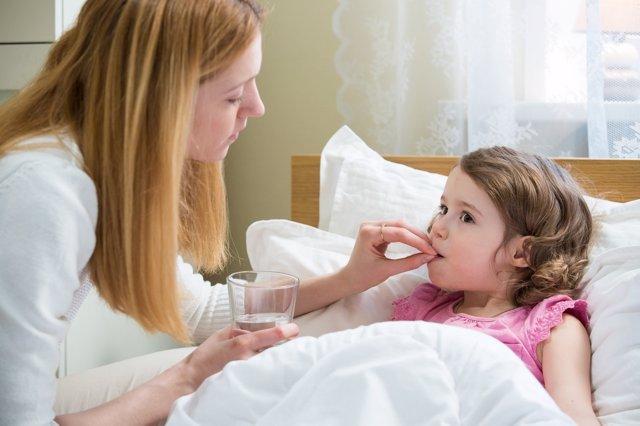 Evita automedicar a tus hijos