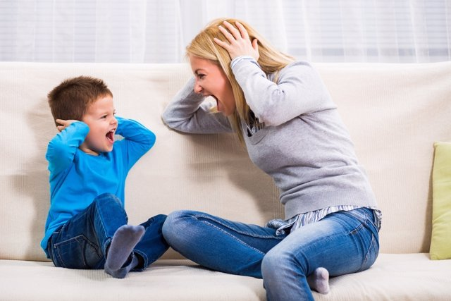 Cómo mantener la calma en las discusiones con los niños