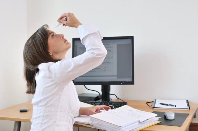 Las mujeres tienen más riesgo de padecer ojo seco