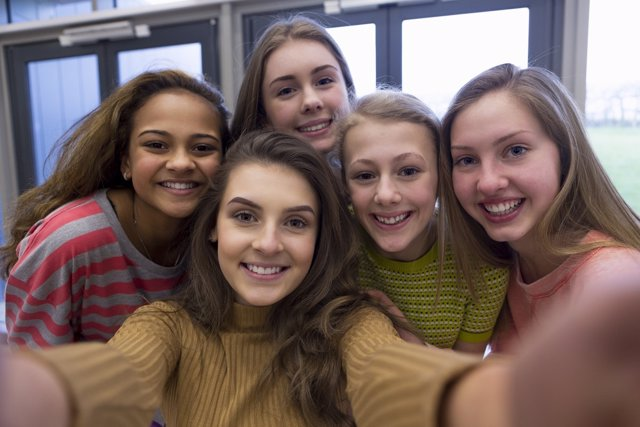 Adolescentes y la recompensa social