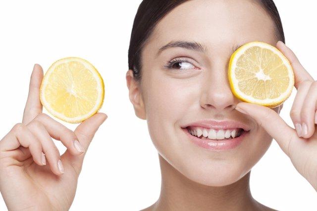 Hidrata tu piel con vitamina C