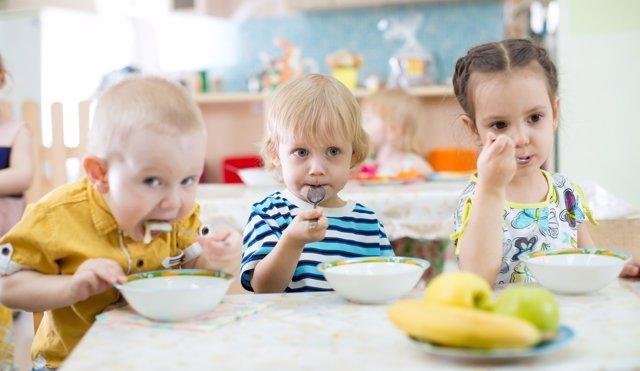 Buneos hábitos nutricionales en el comedor escolar