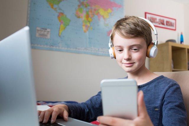 El teléfono inteligente de los niños