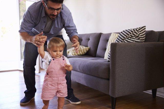 Ser padre es una aventura que abruma pero que vale la pena vivir.