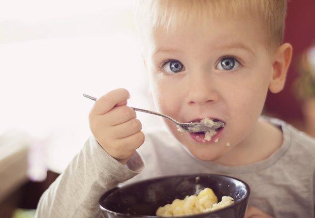 El Síndrome de Prader Willis se manifiesta a través de un constante apetito.