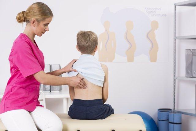El dolor de espalda en los niños
