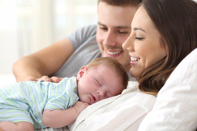 La Seguridad Social aumenta las prestaciones a padresy madres