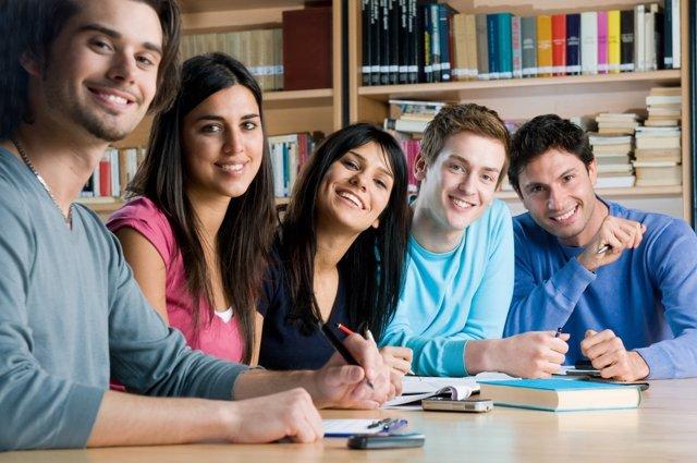 Los alumnos españoles no saben trabajar en equipo.