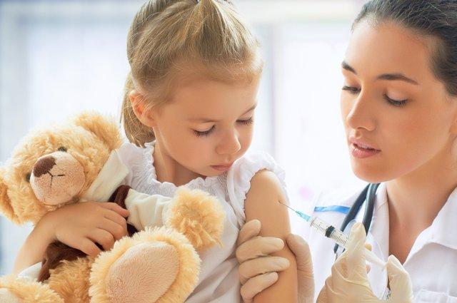 Gracias a las vacunas, los niños pueden eludir numerosas enfermedades.