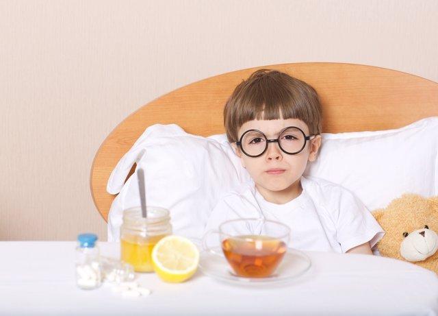 Los niños que se quedan en casa por culpa de un malestar debens er atendidos.