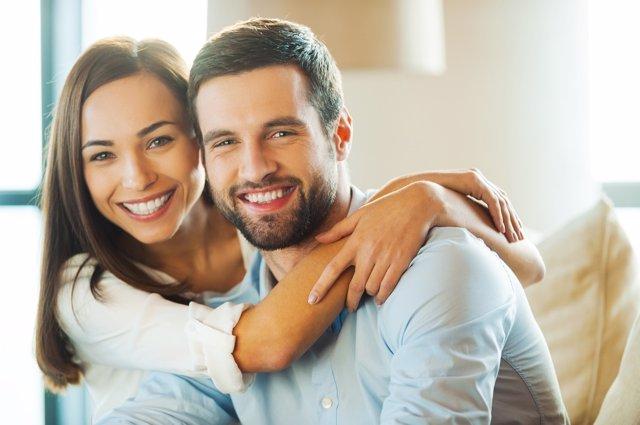El matrimonio ayuda a mantener lejos la demencia.
