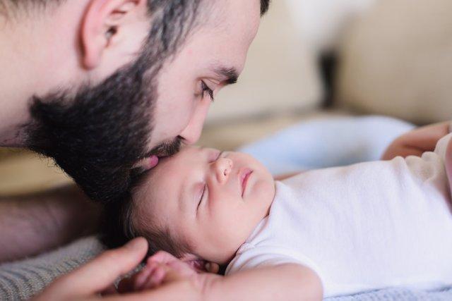 El permiso de paternidad no se ampliará a 5 semanas.