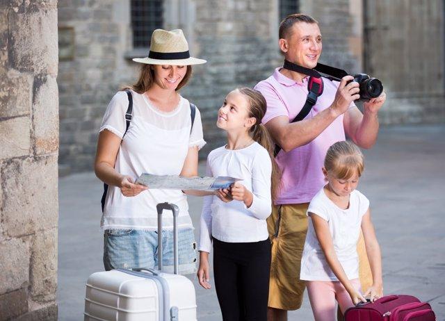El turismo de sol y playa se reduce y el cultural crece entre las familias.