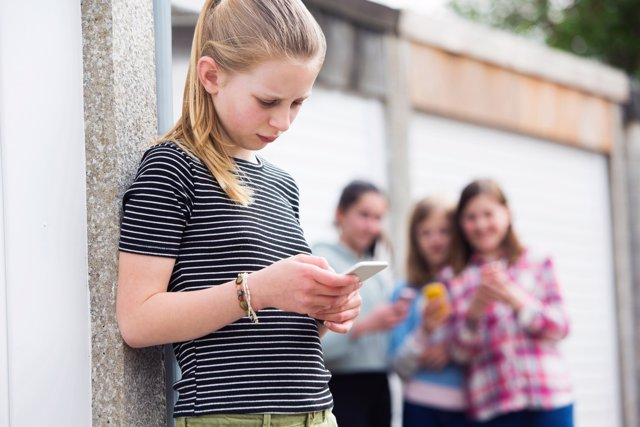 Contra el acoso escolar, comunicación en casa y en el cole