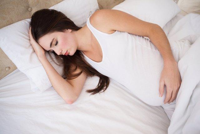 El insomnio en el embarazo es un problema común y con graves consecuencias.