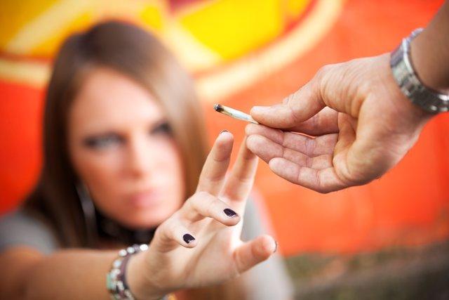 El consumo de cannabis y alcohol fruto de la presión social.