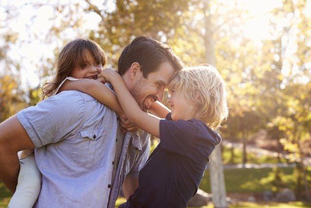 Cómo estar atento a lo que les ocurre a los hijos y saber ayudarles.