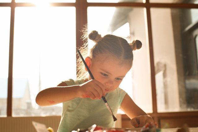 La concentración en niños puede mejorar a través del juego.