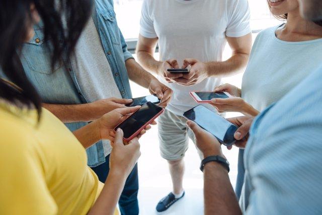 La información que se comparte en redes sociales puede ser muy peligrosa.