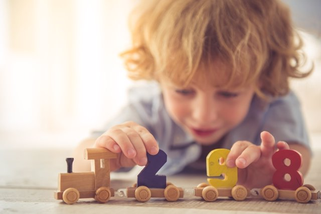 La Los Desarrollo De En Niños Juguetes El Importancia KJT15lFuc3