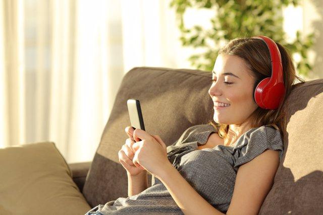 La adicción a los smartphones se ha convertido en un problema digno de atención.