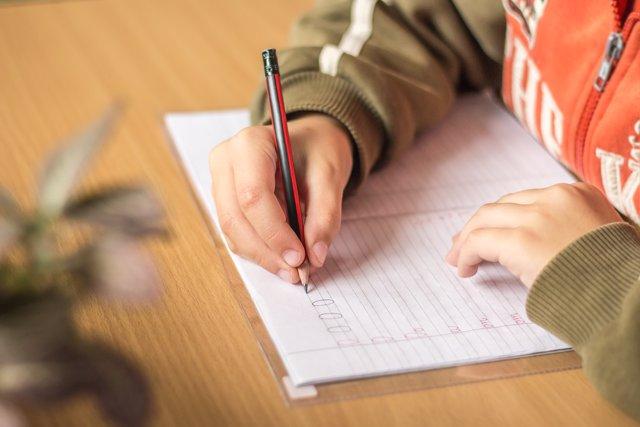 ¿Cómo Mejorar La Calidad De La Letra En Niños?