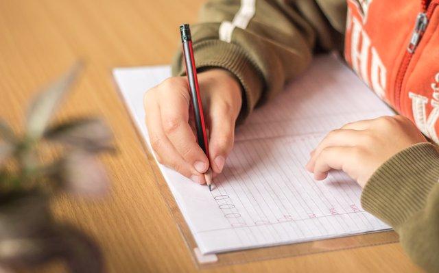 Caligrafía en niños, ¿cómo mejorar la calidad de la letras?