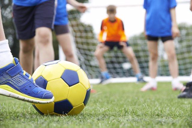 Las lesiones infantiles de los deportes de balón
