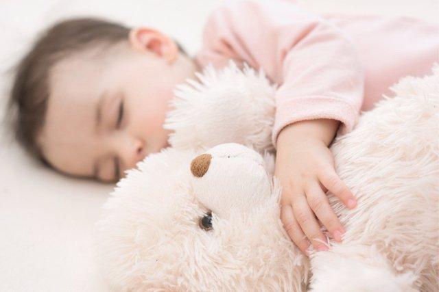 ¿Cómo Enseñar A Los Niños Buenas Rutinas De Sueño?