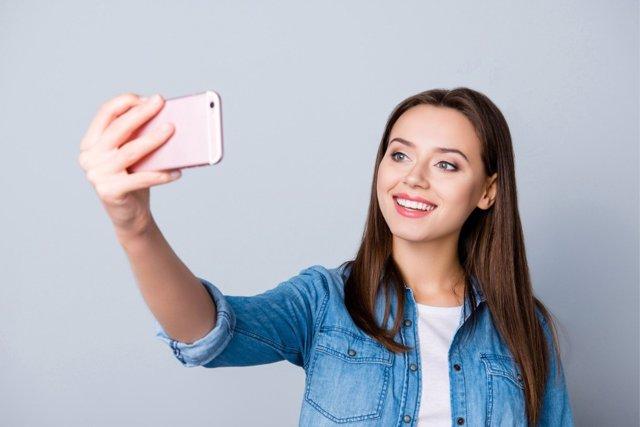 Los selfies pueden hacer creer que se tienen rasgos que no existen.