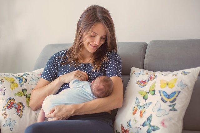 La lactancia es una herramienta válida para luchar contra el cáncer de mama.