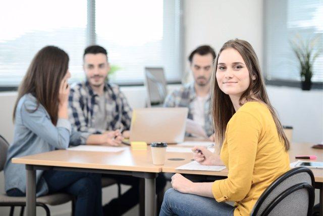 Los universitarios españoles quieren una vida en casa durante sus estudios.